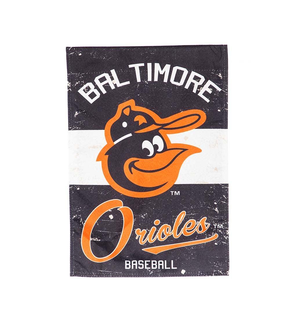 Baltimore Orioles Vintage Linen Garden Flag