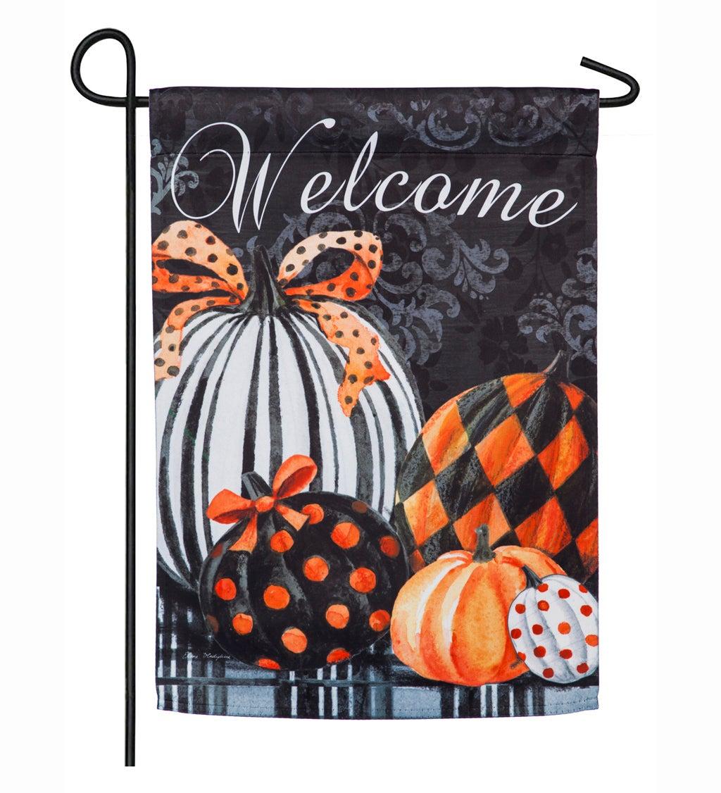 Elegant Pattern Pumpkins Suede Garden Flag