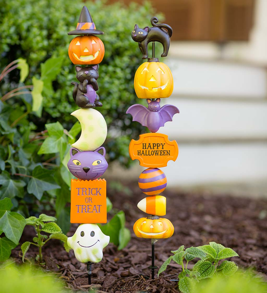 Trick-or-Treat Totem and Happy Halloween Totem Special