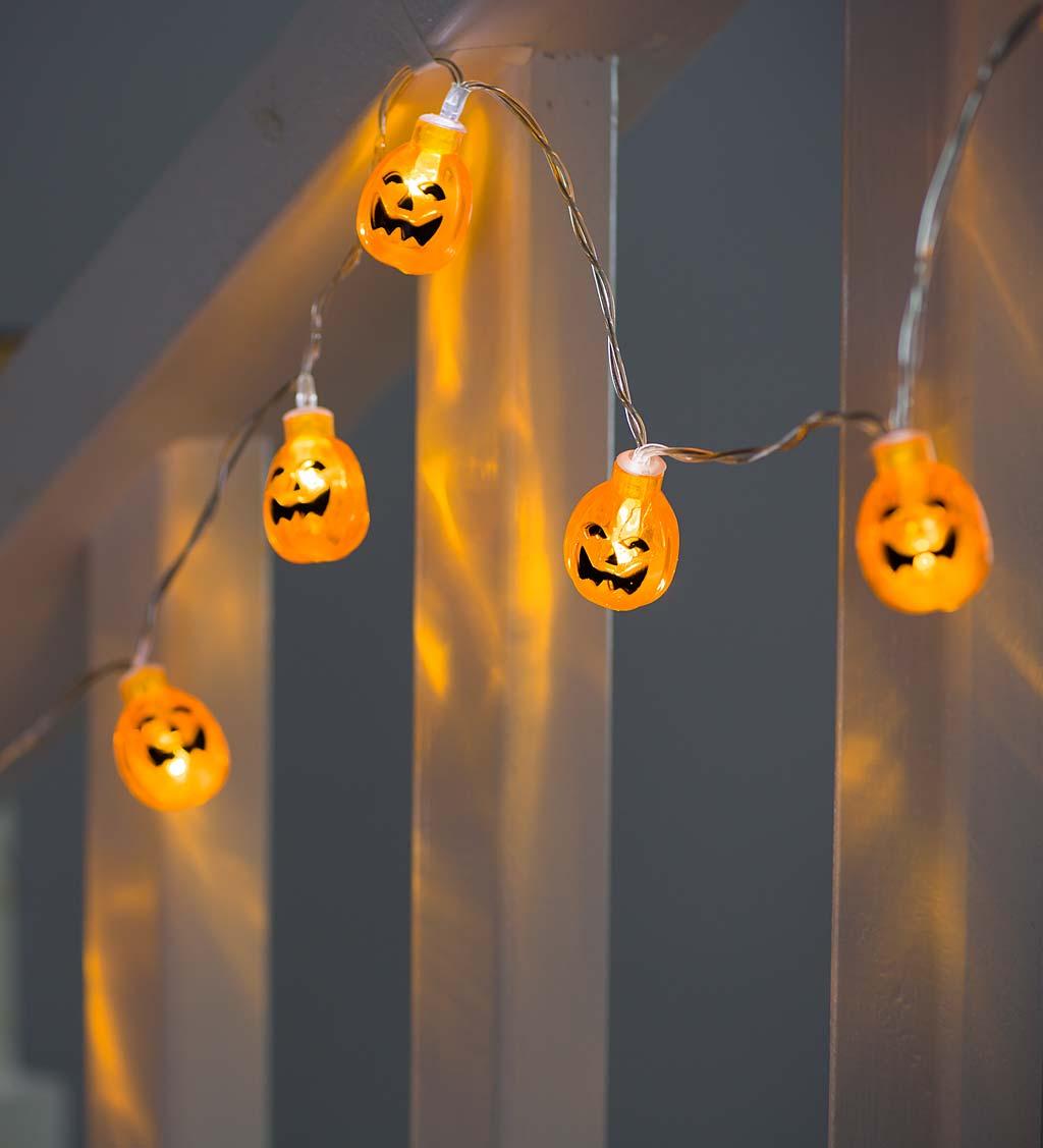 Light-Up Halloween Garland