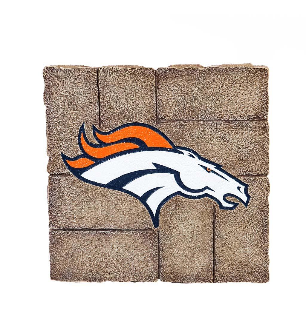 Denver Broncos, Garden Stone