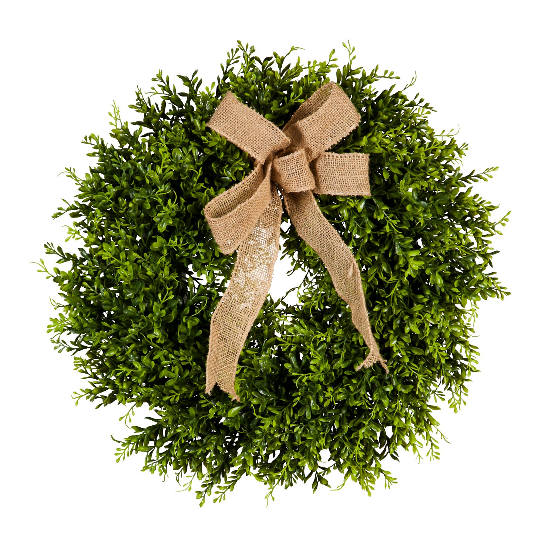 "22"" Boxwood Wreath with Burlap Bow"