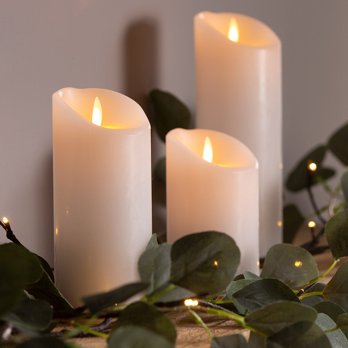 Cream LED Pillar Candle with Flicker Flame and Auto-Timer