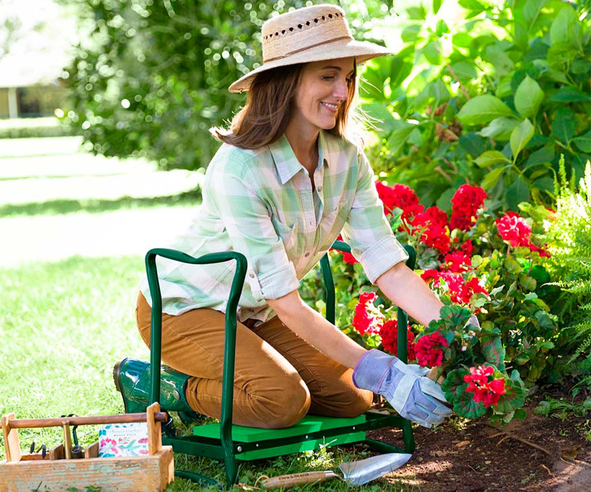 Folding Garden Kneeler/Seat With Foam Pad