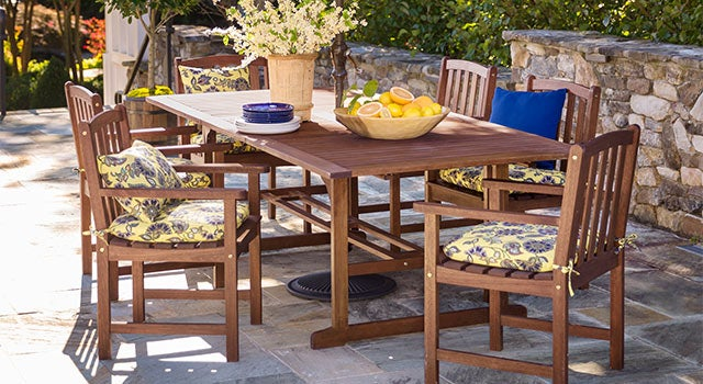 best outdoor wood furniture